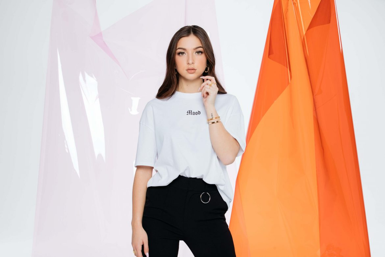 eva queen jennyfer collaboration tee shirt blanc