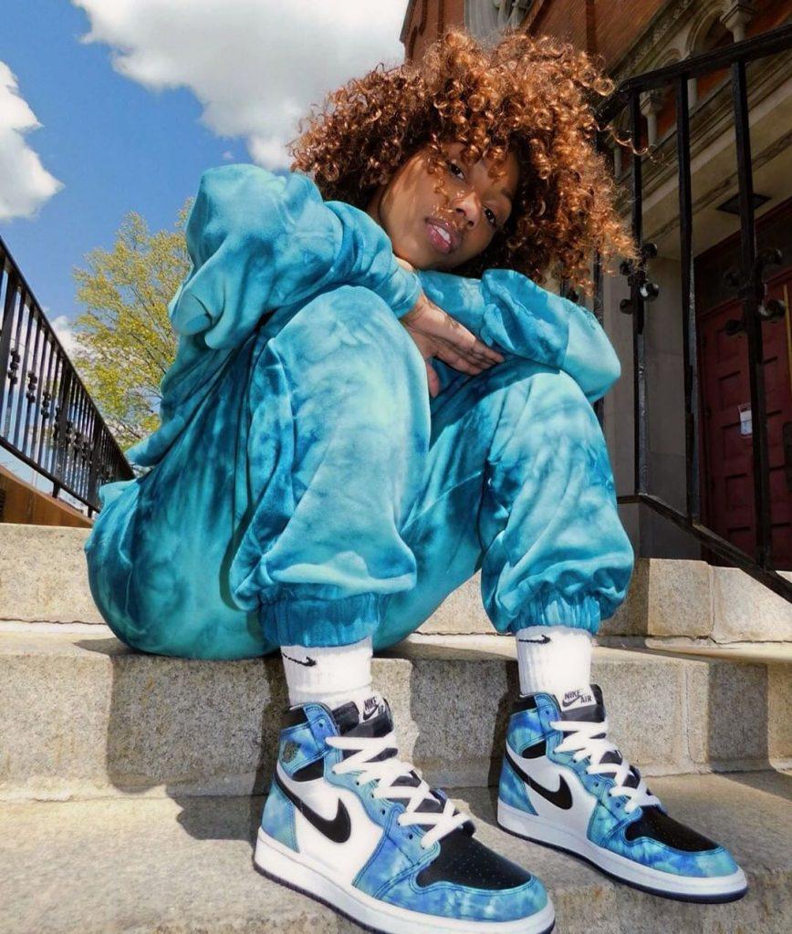 Jordan-1-Tie-Dye-mannequin-métisse-rox-brown-instagram