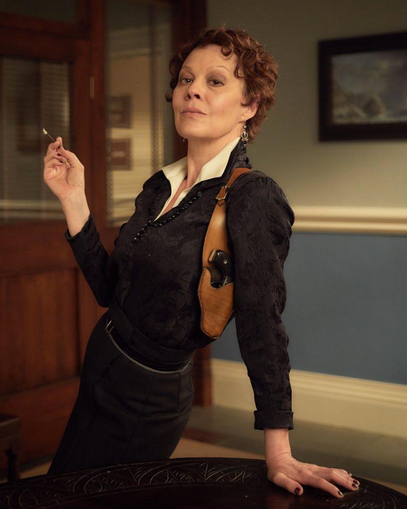 Helen-McCrory-Polly